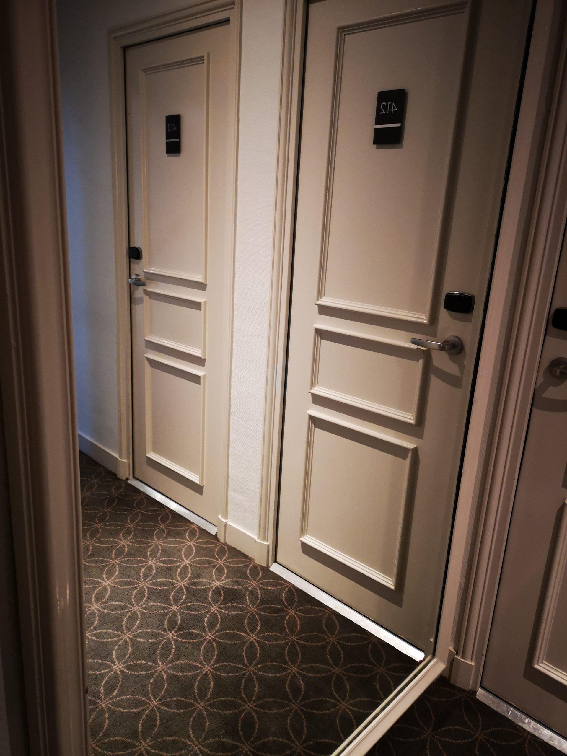 Couloir - hôtel magda champs-élysées