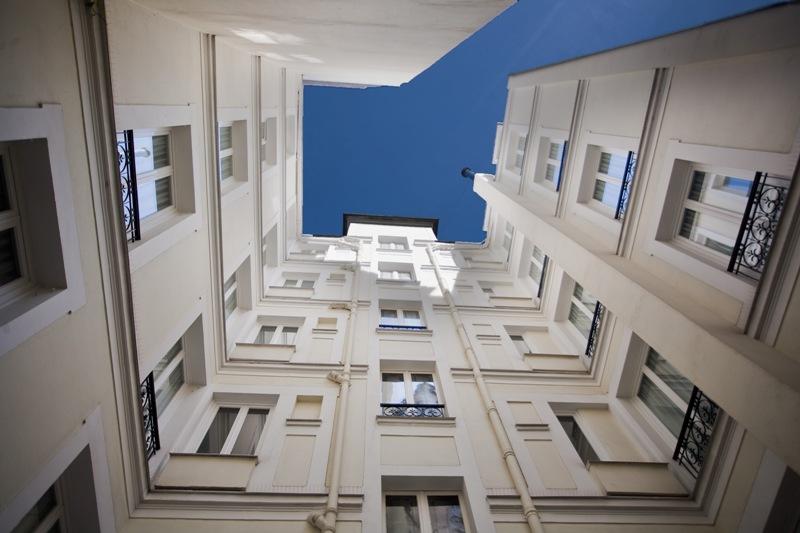 Cour - Hôtel magda champs-élysées (1)