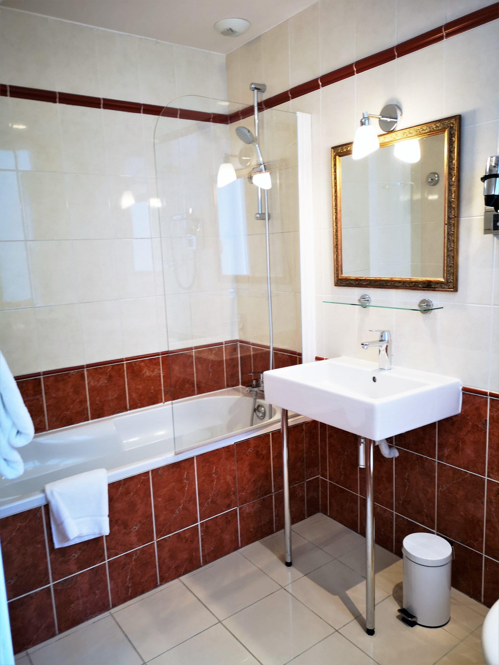 Salle de bain suite - hôtel magda champs-élysées