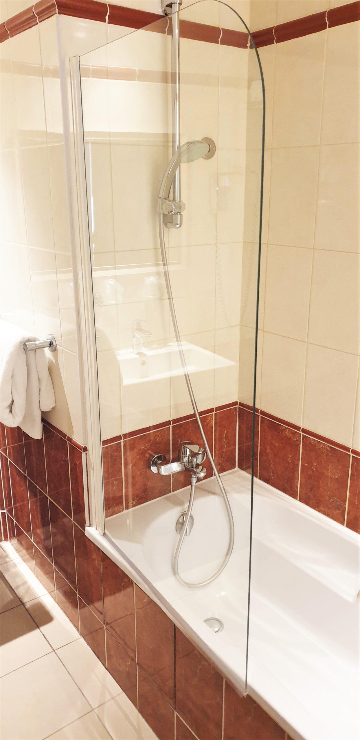 salle de bain double supérieure - hôtel magda champs-élysées